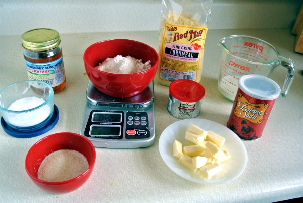 Honey Cornbread Cracker Ingredients