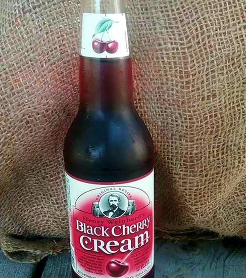 Review of Henry Weinhard's Black Cherry Cream Soda Pop