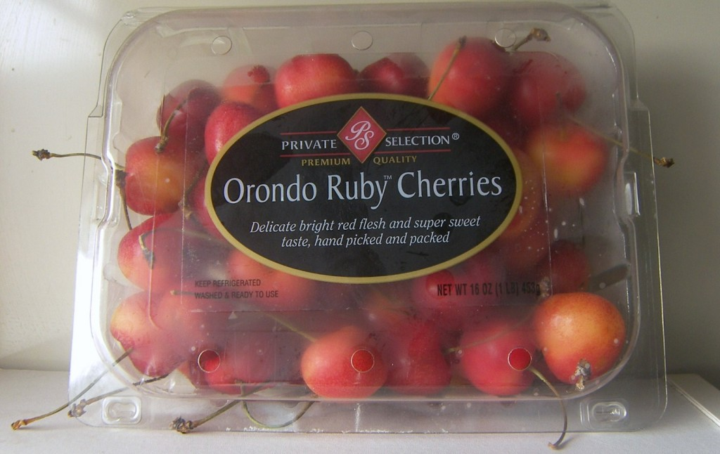 Orondo Ruby Cherries in a Private Selection clamshell package