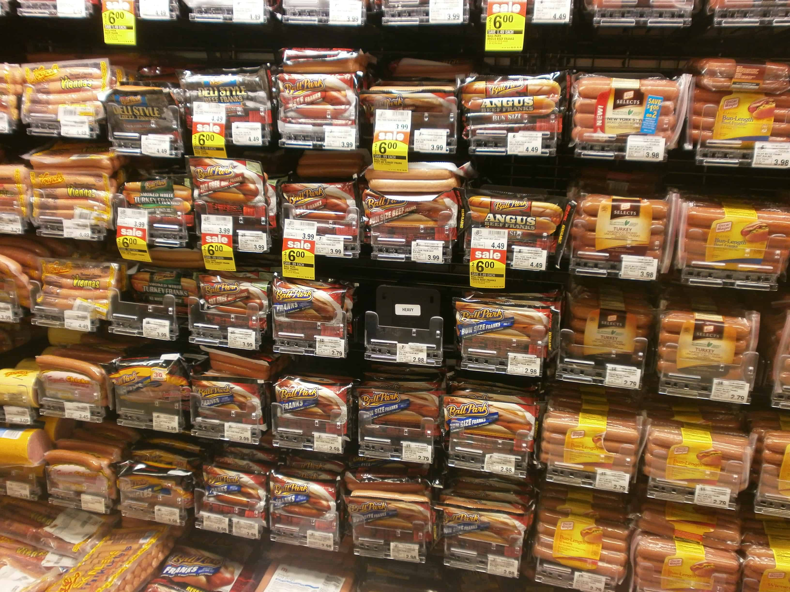 12 Oscar Mayer Lunch Meat also Is There Pink Slime In Hot Dogs together with Baloney Oscar Mayer also Mayer  oscar  i in addition Braunsweiger Chunk. on oscar mayer bologna