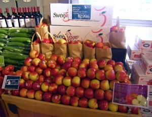 Michigan SweeTango Apples