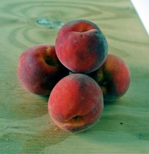 Rising Star Peaches
