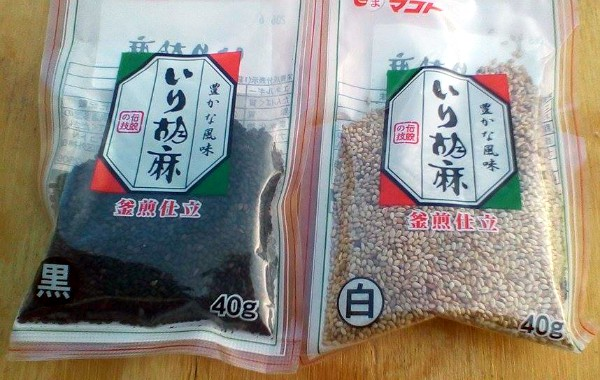 Black versus White Sesame Seeds