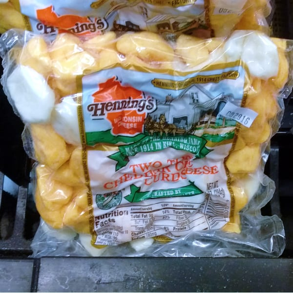 Henning's Two Tone Cheddar Cheese Curds