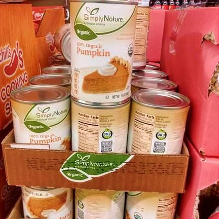 Cans of Simply Nature 100% Organic Pumpkin.