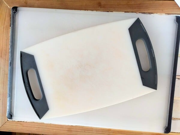Small and large plastic cutting boards for meat