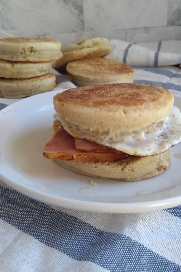 Fried Egg & Ham English Muffins Sandwich
