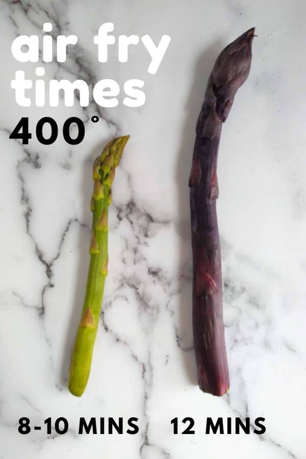A guide to air fry times for differnet thickness of asparagus - a green asparagus that is average thickness is pictured with a thick purple asparagus. The average asparagus is cooked for 8 to 10 minutes, while the thick asparagus is cooked for 12.